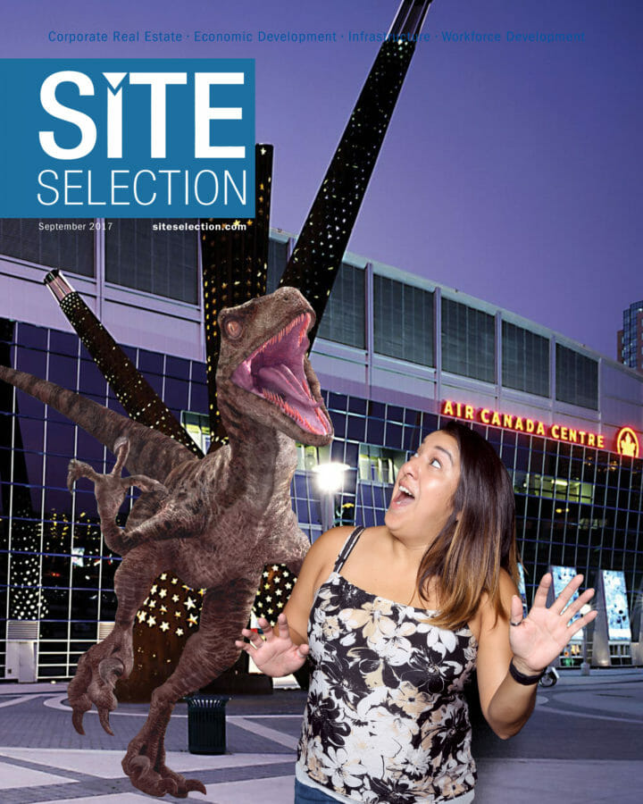 Onsite Green Screen Photography and Social Media of magazine cover of attendee and raptor
