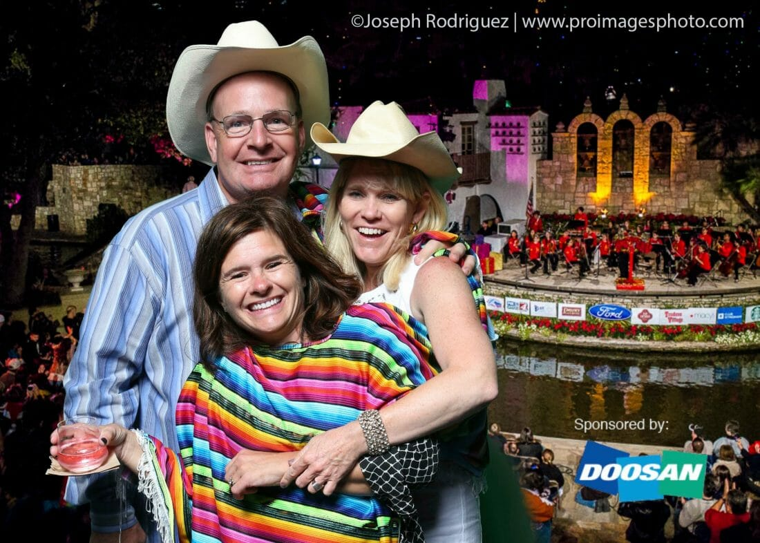 San Antonio Event Photography of attendees at Arneson River Theatre