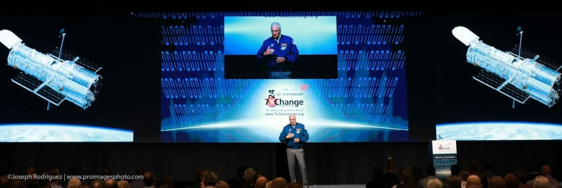 Conveniton-Conference-Photography of Michael James Massimino former NASA astronaut speaking at 7x24 Exchange Conference